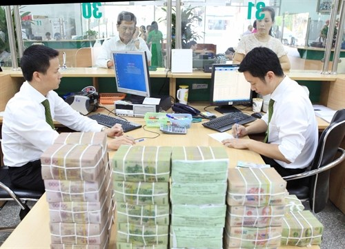Vietnam's stocks end mixed; banks down hinh anh 1