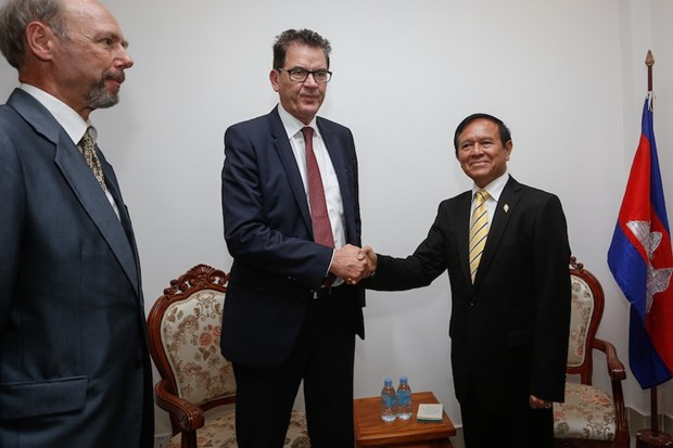Cambodia: CNRP asks for EU help to mediate with CPP hinh anh 1