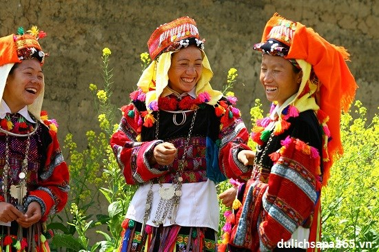 Mong Ethnic Cultural Day lures foreign visitors hinh anh 1