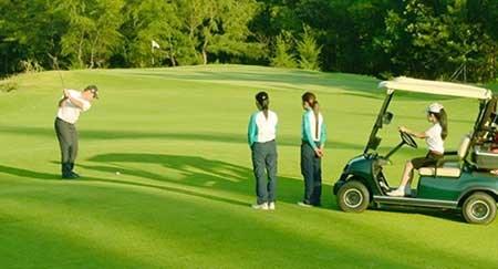 Vietnam to host international junior golf tournament hinh anh 1