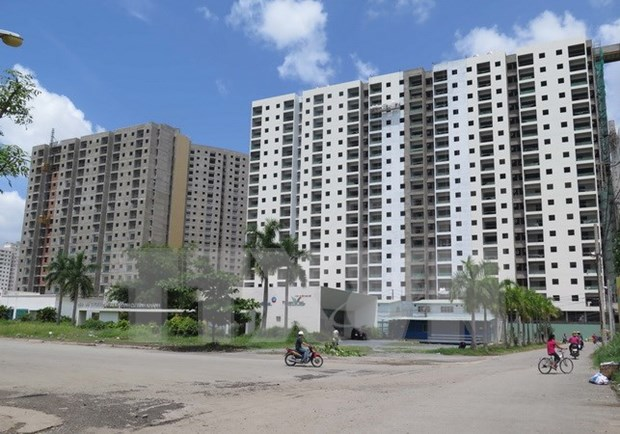 Real estate market faces imbalanced growth hinh anh 1