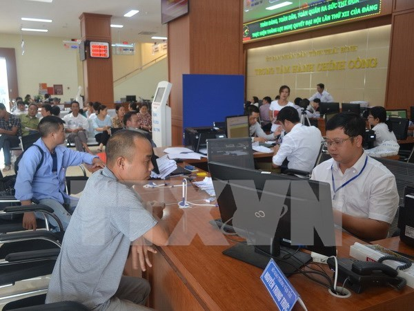 Ministry calls for improved staff and human resources hinh anh 1