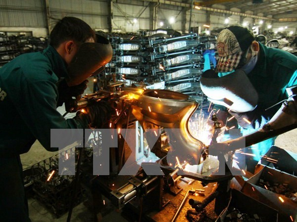 Hanoi's industrial production gains 7.7 pct in first half hinh anh 1