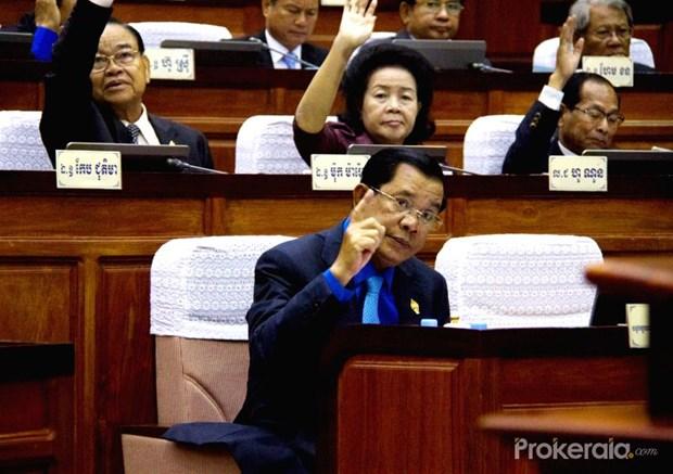 Cambodia NA adopts ASEAN-China air transport deal hinh anh 1