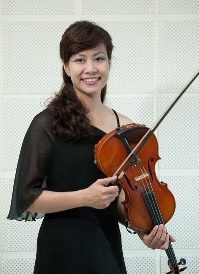 Violin and viola performance in Hanoi hinh anh 1