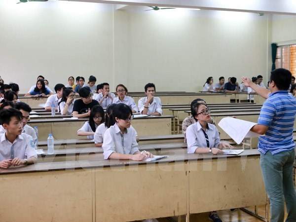 National high school exam concludes after four days hinh anh 1