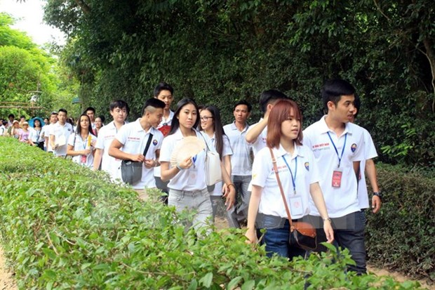 Summer camp for young Vietnamese expatriates hinh anh 1