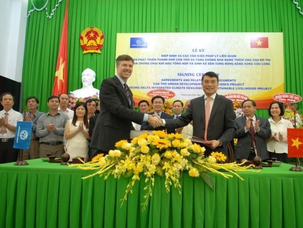 WB funds Mekong Delta climate change projects hinh anh 1