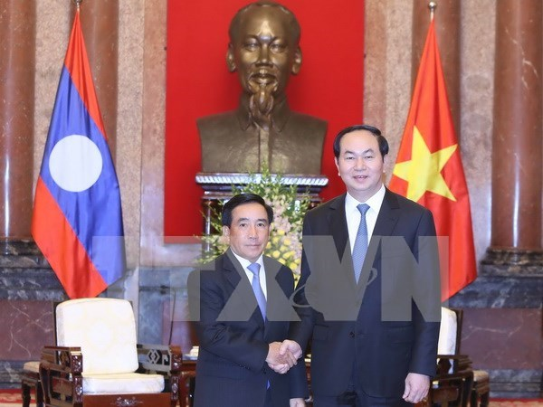 President receives Lao Vice President hinh anh 1