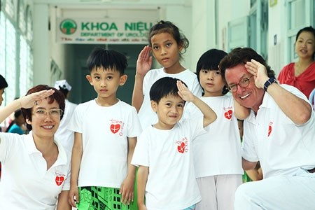 Choir performs for disabled kids hinh anh 1