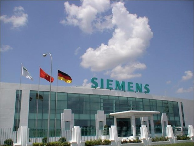 Deputy PM receives German Siemens representative hinh anh 1