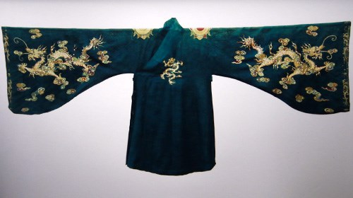 Nguyen Dynasty's antiques recognised as national treasures hinh anh 2