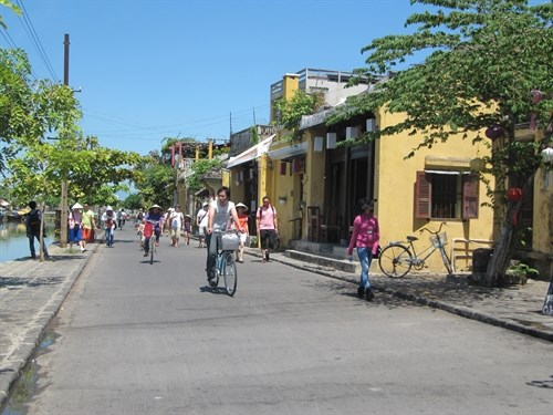 Ancient city to expand walking area for tourists hinh anh 1