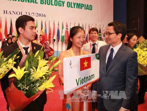 International Biology Olympiad concludes in Hanoi hinh anh 1