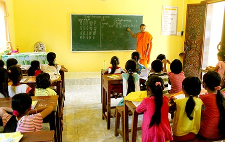 Kien Giang encourages Khmer teaching to ethnic children hinh anh 1