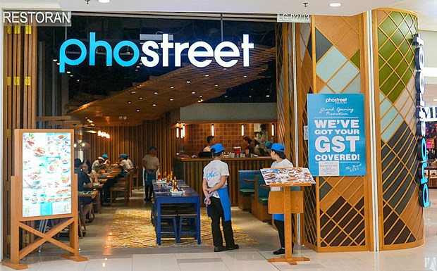 Restaurant serving Vietnamese dishes opens in Malaysia hinh anh 1