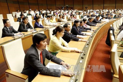 Legislators discuss state budget for 2014 hinh anh 1