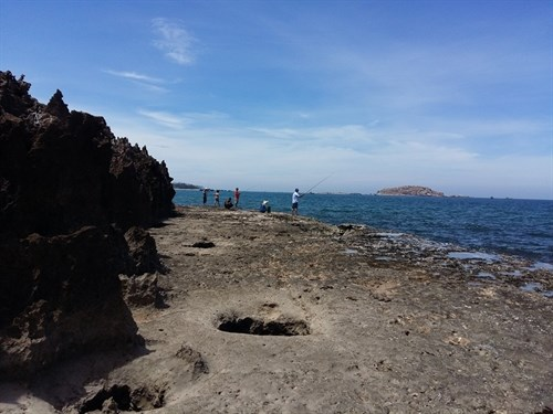 Hon Do - an exhilirating seaside antidote to daily worries hinh anh 1