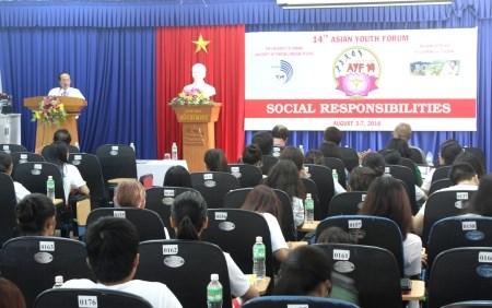Asian Youth Forum opens in Da Nang hinh anh 1