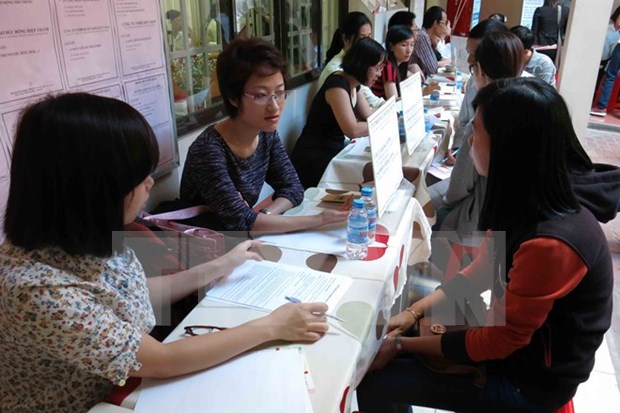 HCM City needs 25,000 labourers in August hinh anh 1