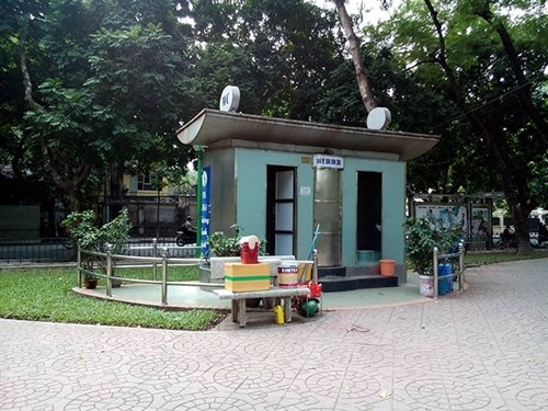 Hanoi to build 1,000 public toilets hinh anh 1