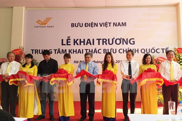 VNPost launches international post centre in Hanoi hinh anh 1