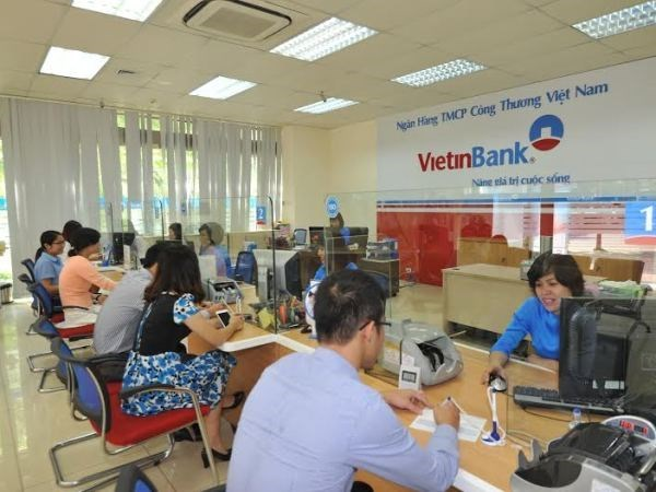 Growth attracts foreign capital for Vietnamese banks: Fitch hinh anh 1