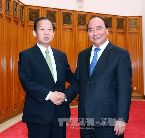Prime Minister asks Japan to relax visa rules for Vietnamese hinh anh 1