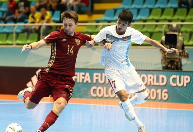 Vietnam lose to Russia in Futsal World Cup knock-out stage hinh anh 1
