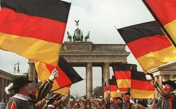 Germany's Unification Day marked in HCM City hinh anh 1
