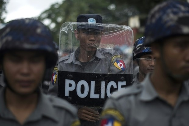 Myanmar: Attacks kill nine policemen hinh anh 1