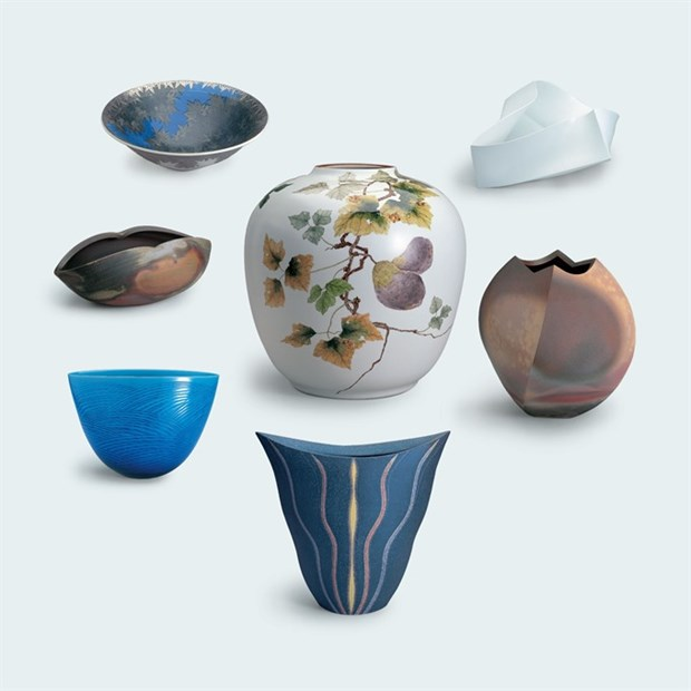 Japanese artists exhibit contemporary pottery hinh anh 1