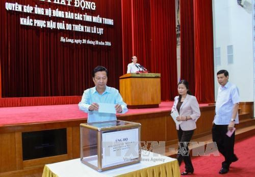 People nationwide continue assisting central provinces hinh anh 1