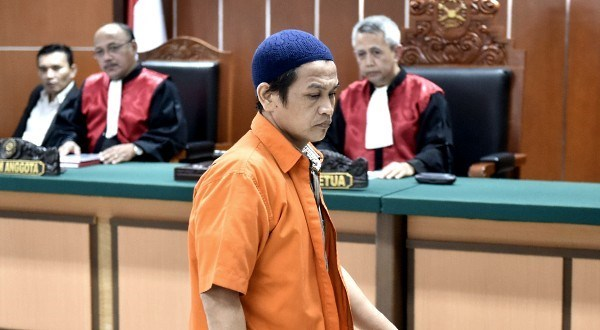 Indonesia sentences bomb attacker eight years in jail hinh anh 1