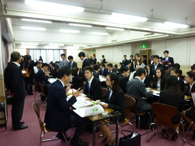 Event in Osaka connects Vietnamese students and Japanese SMEs hinh anh 1