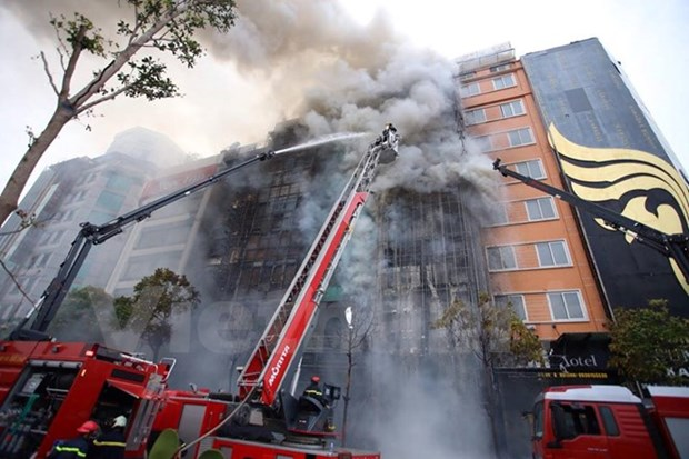 All karaoke bars in Hanoi to be checked for fire safety hinh anh 1