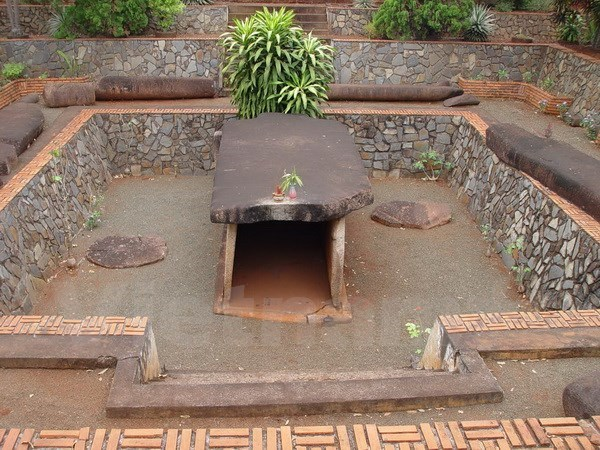 2,000-year-old tomb recognised as special national relic site hinh anh 1