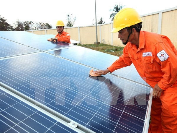 Central province taps renewable energy sources hinh anh 1