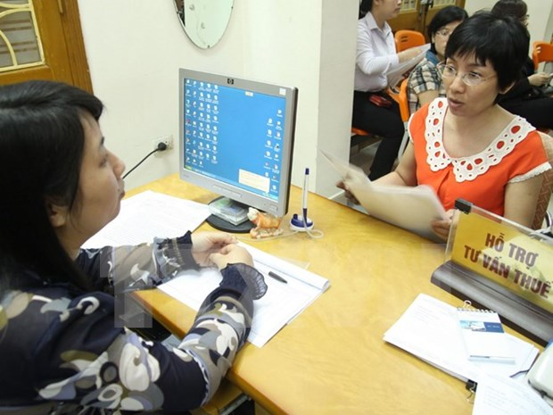 Tax revenue surges in first half of 2015 hinh anh 1