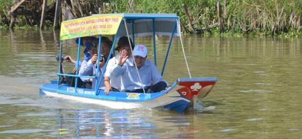 Eco-friendly tour launched at Tram Chim National Park hinh anh 2