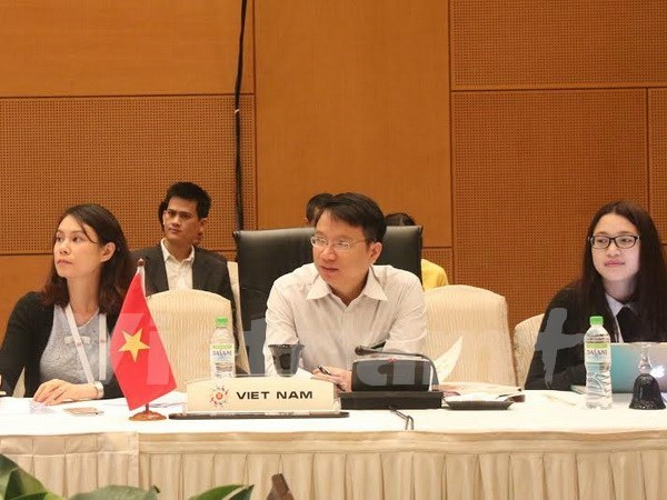 ASEAN economic ministers determined to form AEC by year-end hinh anh 1