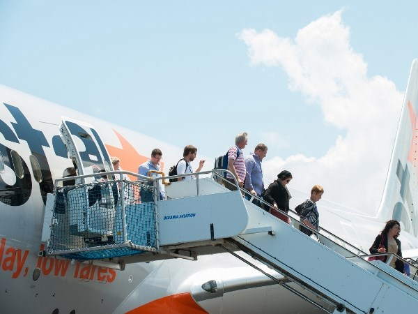 First low-cost airline provides Hanoi-Hong Kong service hinh anh 1