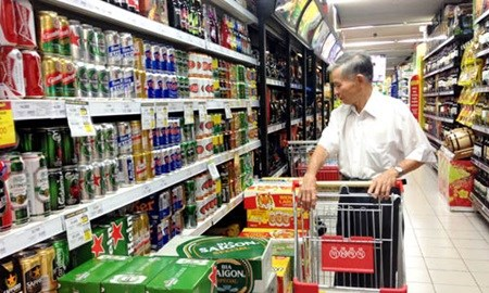 Food, beverage markets thrive hinh anh 1