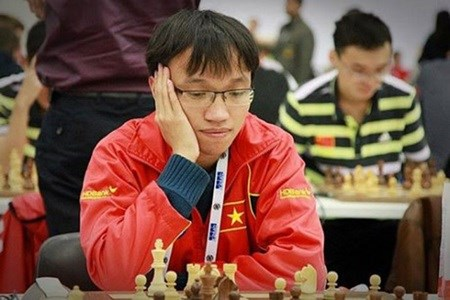 Liem, Son through to second round of World Chess Cup hinh anh 1