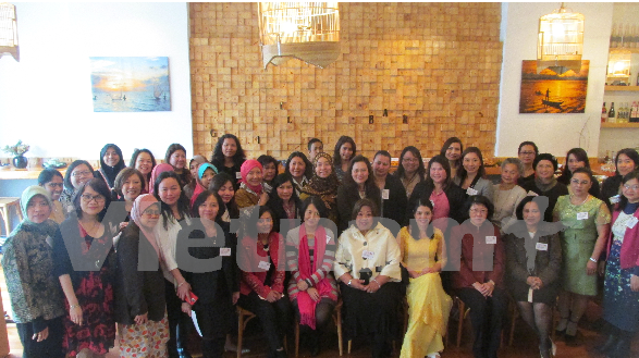 ASEAN female diplomats gather in New Zealand hinh anh 1