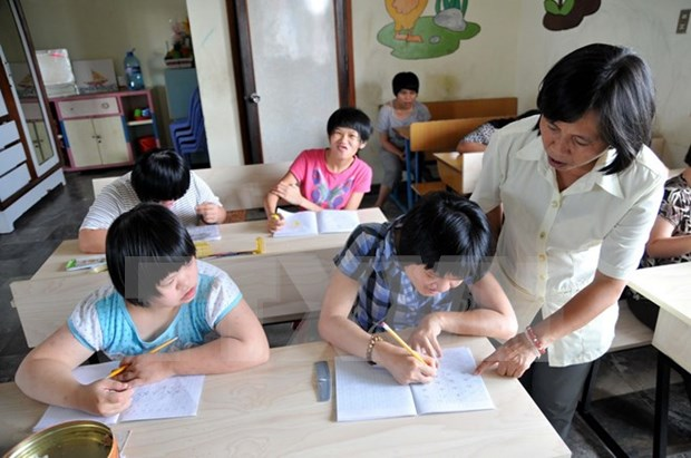 Quang Ngai seeks help in integrated education for disabled children hinh anh 1
