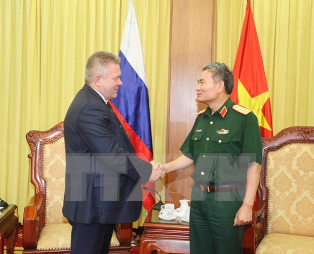 Defence shapes key pillar in Vietnam-Russia partnership hinh anh 1