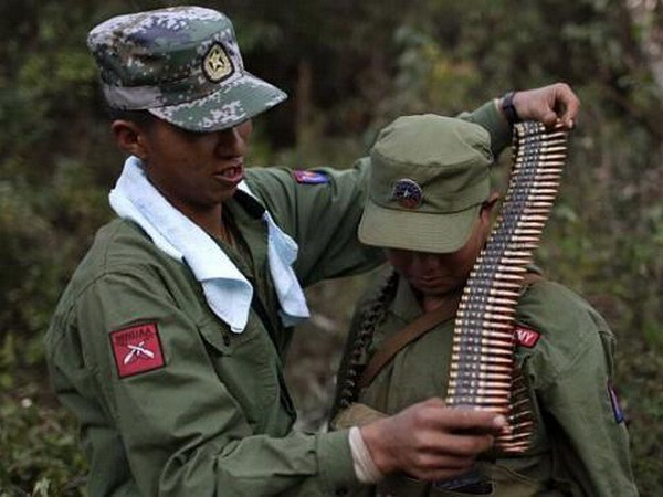 Myanmar: Ceasefire talks between gov't and armed rebel groups collapse hinh anh 1
