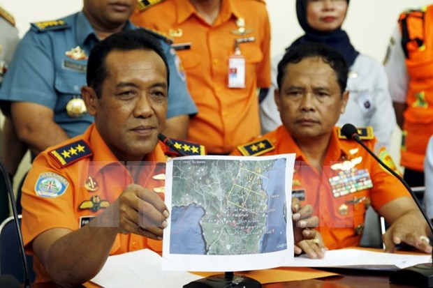 Wreckage of missing Indonesian aircraft found hinh anh 1
