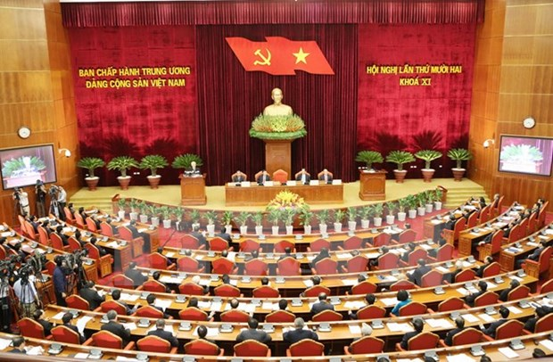 Party Central Committee discusses socio-economic performance hinh anh 1